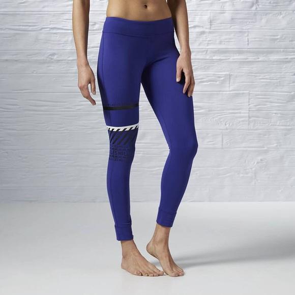 a263e29c10ed9 Reebok LES MILLS Pigment Purple Tribal Tights S. M_5ba688a61b3294550f718ebf